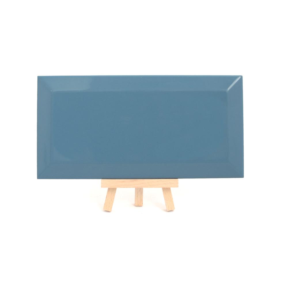 azulejo tipo metro azul ceramica a mano alzada