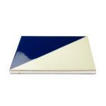 baldosa-ceramica-cartabón-azul-cobalto-blanca-detalle-BLC-006-15x15-ceramica-a-mano-alzada