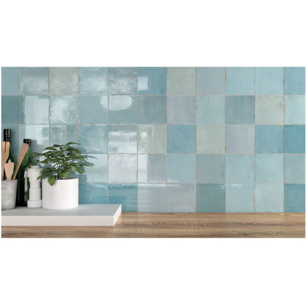 Zellige-ceramico-azul-ambiente-01-ceramica-a-mano-alzada