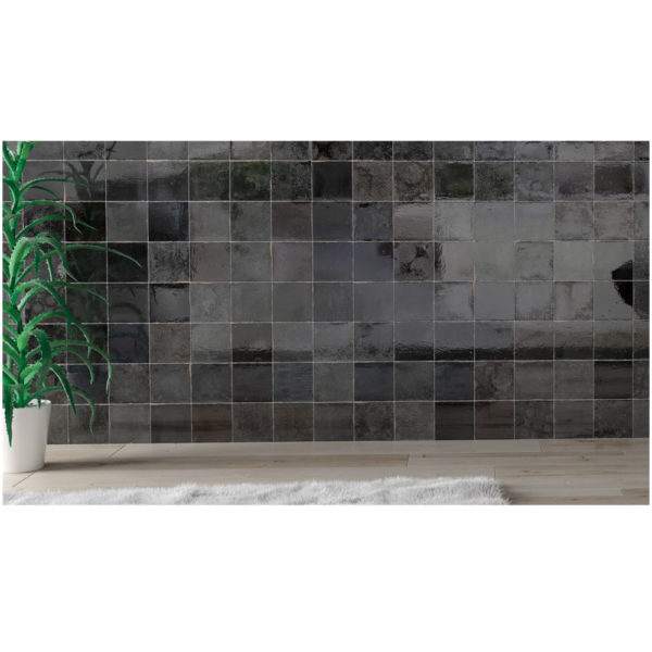 Zellige-ceramico-negro-ambiente-02-ceramica-a-mano-alzada