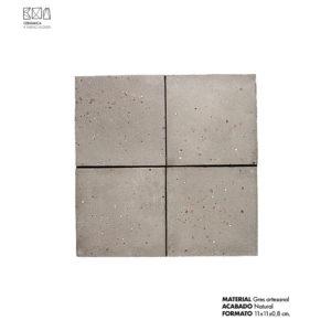 Revestimiento-gres-artesanal-gris-02-PGA-003-11x11x0.8-cm-ceramica-a-mano-alzada